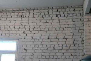 состояние кирпичной стены
