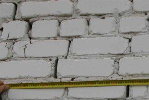 строительная экспертиза кирпичной стены