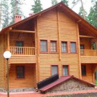 дом из бревна на турбазе